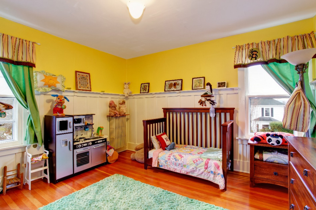 yellow color kids room paint