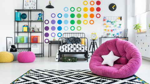 Interior wall colour of accessories in the room